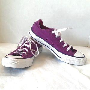 Converse Purple Low Top sneakers unisex 5.5 / 3.5